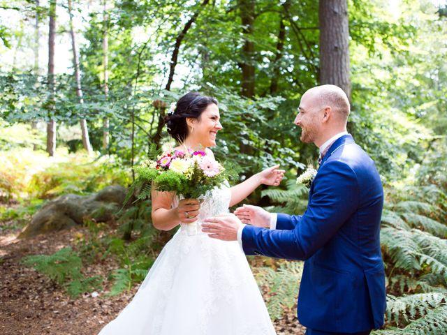 Le mariage de Romain et Célia à Le Châtelet-en-Brie, Seine-et-Marne 112