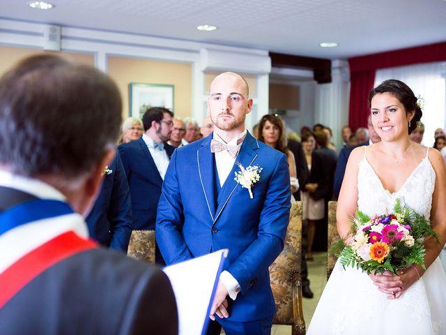 Le mariage de Romain et Célia à Le Châtelet-en-Brie, Seine-et-Marne 212