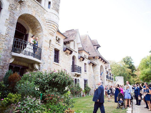 Le mariage de Romain et Célia à Le Châtelet-en-Brie, Seine-et-Marne 240