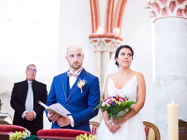 Le mariage de Romain et Célia à Le Châtelet-en-Brie, Seine-et-Marne 296