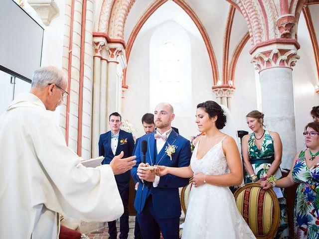 Le mariage de Romain et Célia à Le Châtelet-en-Brie, Seine-et-Marne 320