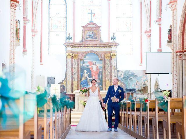 Le mariage de Romain et Célia à Le Châtelet-en-Brie, Seine-et-Marne 345
