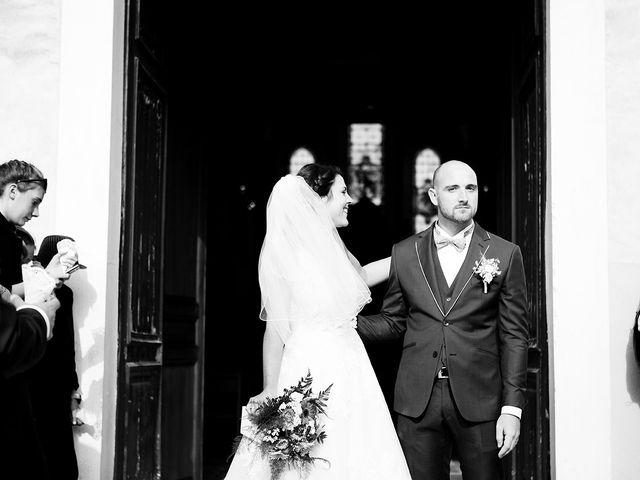Le mariage de Romain et Célia à Le Châtelet-en-Brie, Seine-et-Marne 350