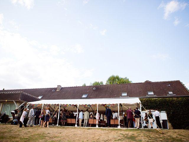 Le mariage de Romain et Célia à Le Châtelet-en-Brie, Seine-et-Marne 381