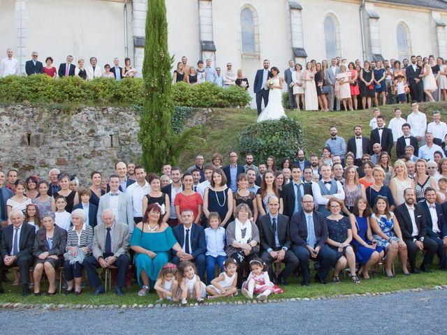 Le mariage de Paul et Elodie à Bénac, Hautes-Pyrénées 63