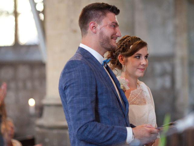 Le mariage de Romain et Clémence à Charleville-Mézières, Ardennes 9