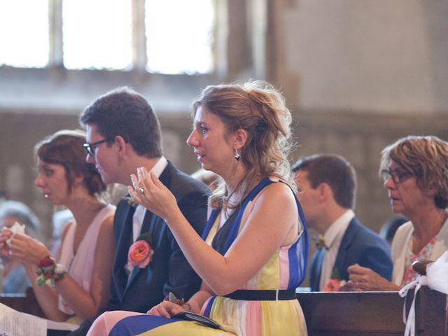 Le mariage de Romain et Clémence à Charleville-Mézières, Ardennes 16