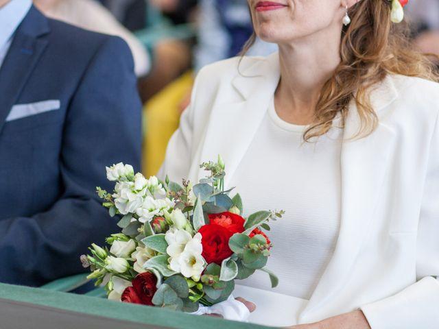 Le mariage de Julien et Florence à Esnandes, Charente Maritime 9