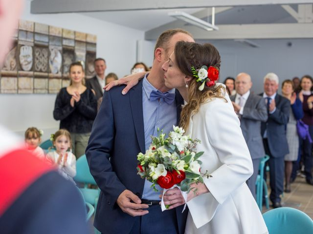 Le mariage de Julien et Florence à Esnandes, Charente Maritime 10