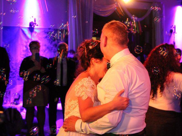 Le mariage de Angelo et Céline  à Oignies, Pas-de-Calais 23
