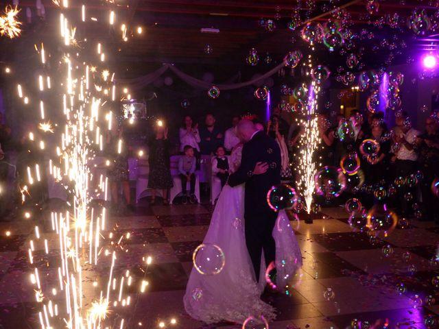 Le mariage de Angelo et Céline  à Oignies, Pas-de-Calais 26