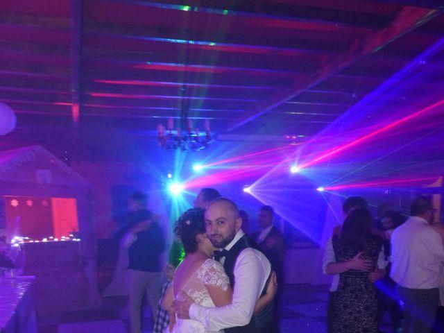 Le mariage de Angelo et Céline  à Oignies, Pas-de-Calais 28