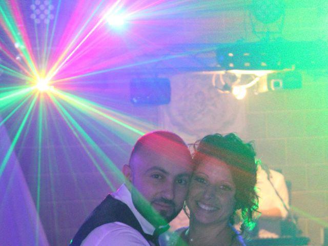 Le mariage de Angelo et Céline  à Oignies, Pas-de-Calais 31