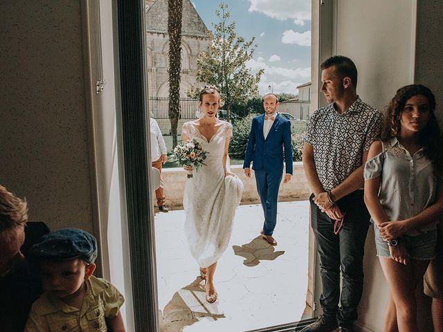 Le mariage de Romain et Anaïs à Romegoux, Charente Maritime 16