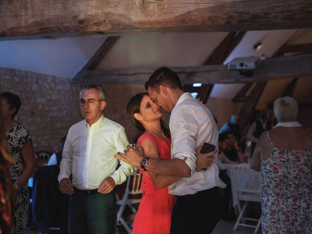 Le mariage de Alexandre et Delphine à Rosny-sur-Seine, Yvelines 103