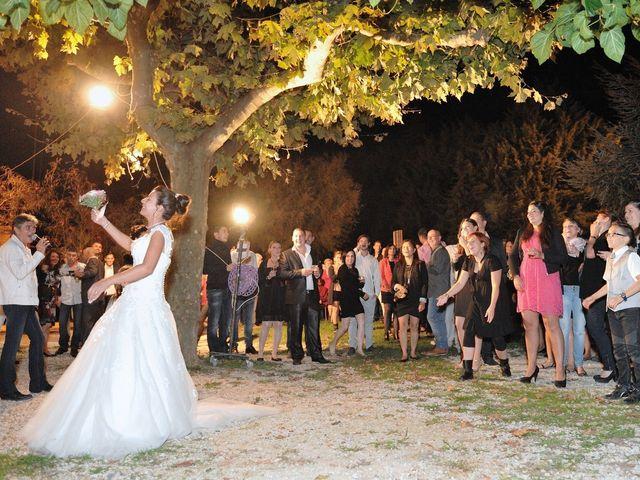 Le mariage de Jéremy et Laura à Lédignan, Gard 34
