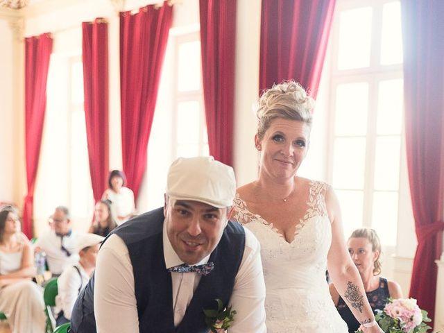 Le mariage de Jérôme et Delphine à L'Isle-Jourdain, Gers 15