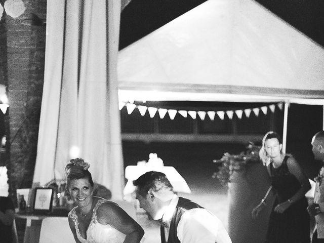 Le mariage de Jérôme et Delphine à L'Isle-Jourdain, Gers 32