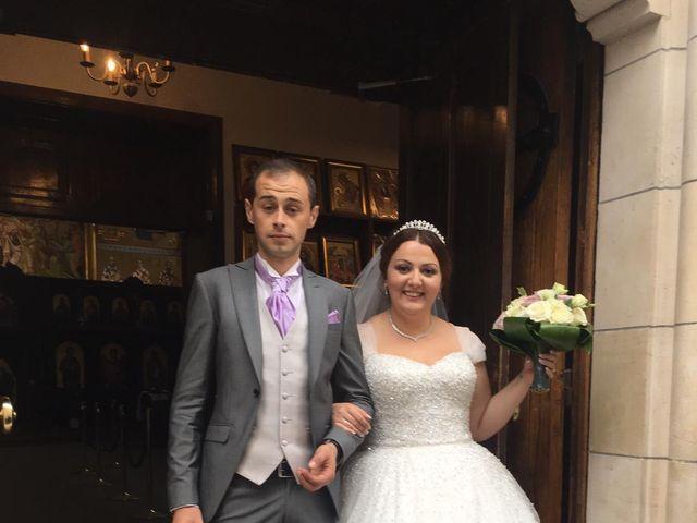 Le mariage de Miljan et Miljana à Nandy, Seine-et-Marne 49