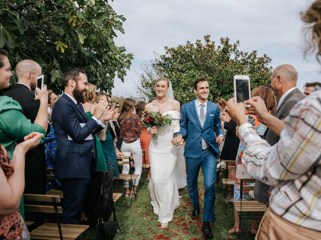 Le mariage de Leo et Kate à Port-Joinville, Vendée 61