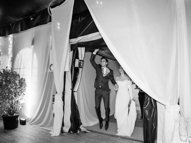 Le mariage de Leo et Kate à Port-Joinville, Vendée 93