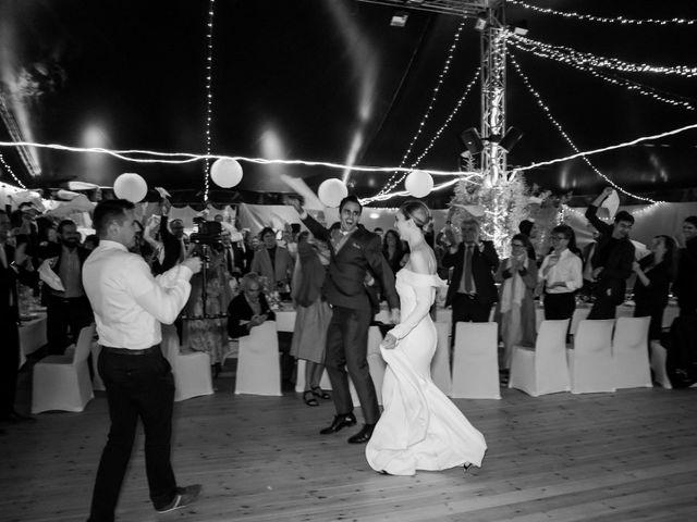 Le mariage de Leo et Kate à Port-Joinville, Vendée 95