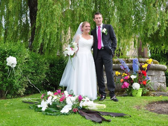 Le mariage de Véronique et Romain à Le Thuit-Signol, Eure 2