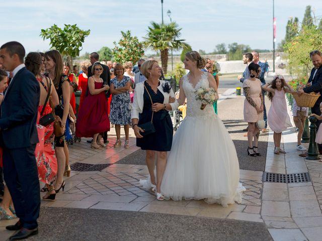 Le mariage de Guillaume et Lucie à Autrèche, Indre-et-Loire 56