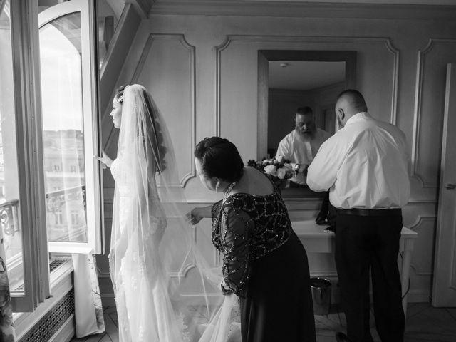 Le mariage de Hezrell et Raquel à Paris, Paris 34