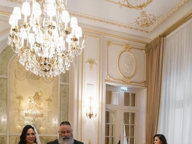 Le mariage de Hezrell et Raquel à Paris, Paris 51