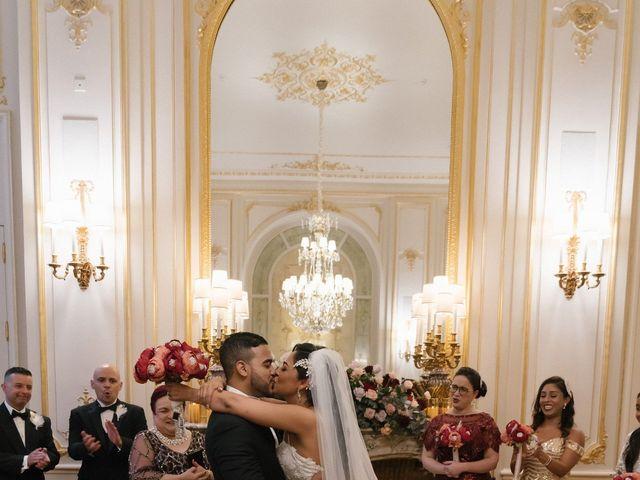 Le mariage de Hezrell et Raquel à Paris, Paris 60