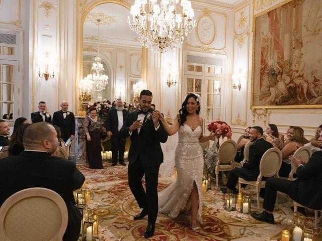 Le mariage de Hezrell et Raquel à Paris, Paris 62