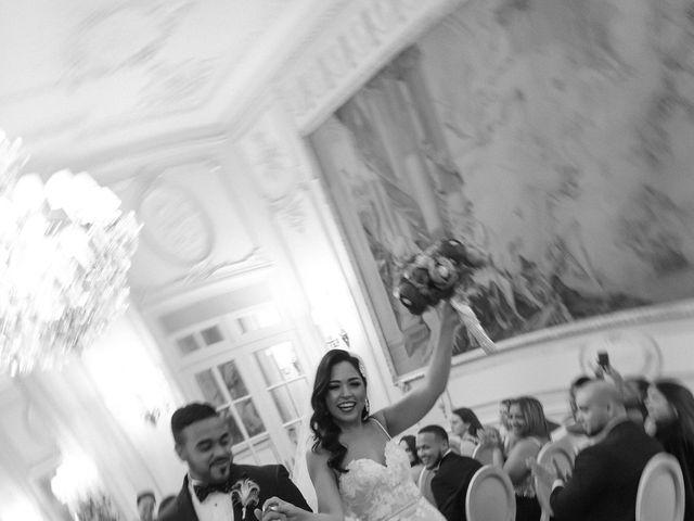 Le mariage de Hezrell et Raquel à Paris, Paris 63