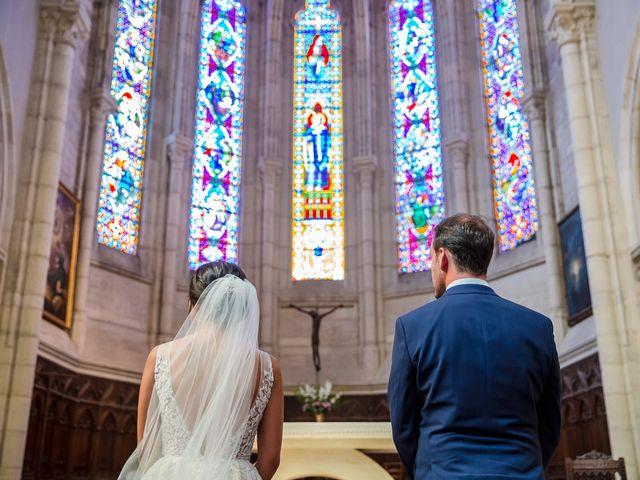 Le mariage de Jean-Hugues et Laurie à Saint-Antonin-Noble-Val, Tarn-et-Garonne 11