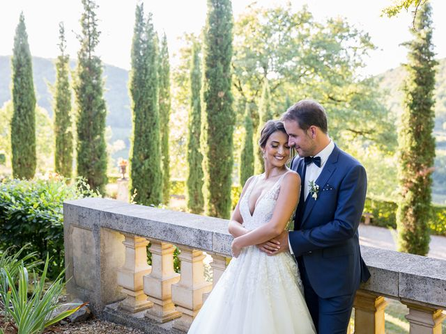 Le mariage de Jean-Hugues et Laurie à Saint-Antonin-Noble-Val, Tarn-et-Garonne 20