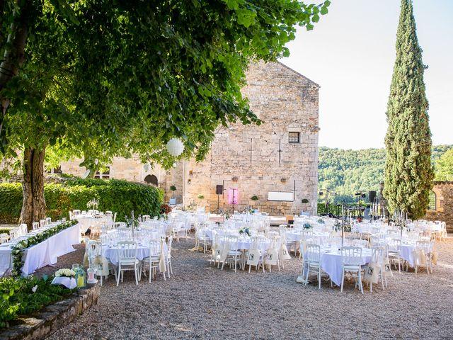 Le mariage de Jean-Hugues et Laurie à Saint-Antonin-Noble-Val, Tarn-et-Garonne 24