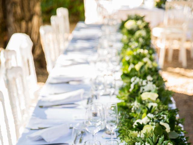 Le mariage de Jean-Hugues et Laurie à Saint-Antonin-Noble-Val, Tarn-et-Garonne 25