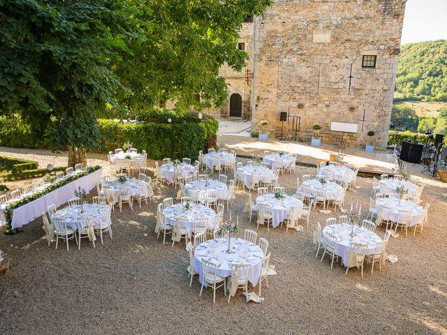 Le mariage de Jean-Hugues et Laurie à Saint-Antonin-Noble-Val, Tarn-et-Garonne 27