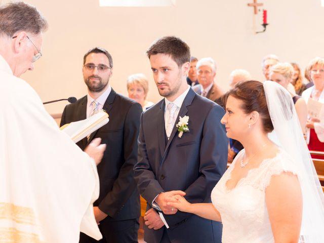 Le mariage de Adrien et Delphine à Kintzheim, Bas Rhin 15