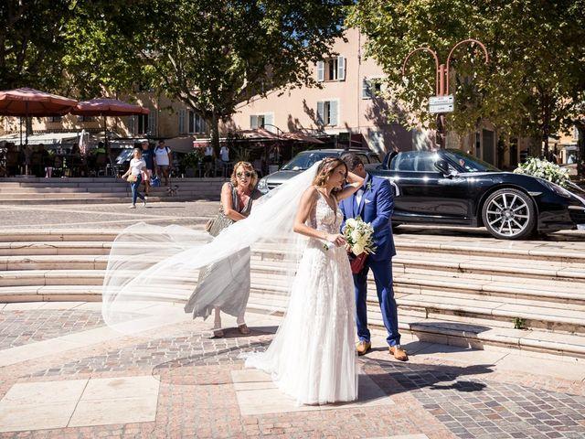 Le mariage de Julien et Manon à Fréjus, Var 85