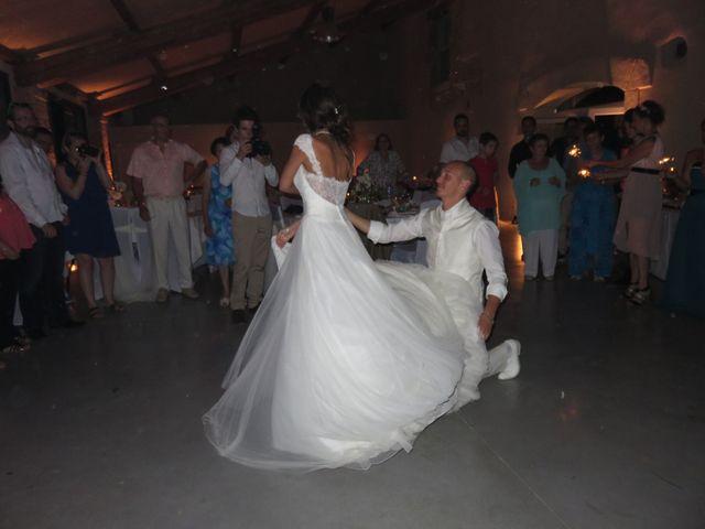 Le mariage de Arno et Emilie à Châteaudouble, Drôme 11