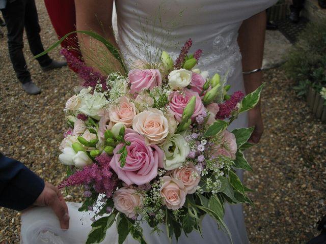 Le mariage de Arno et Emilie à Châteaudouble, Drôme 23
