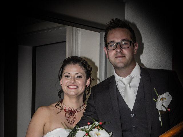 Le mariage de Julien et Céline à Ouveillan, Aude 3