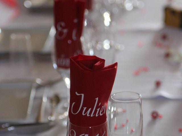 Le mariage de Julien et Céline à Ouveillan, Aude 5