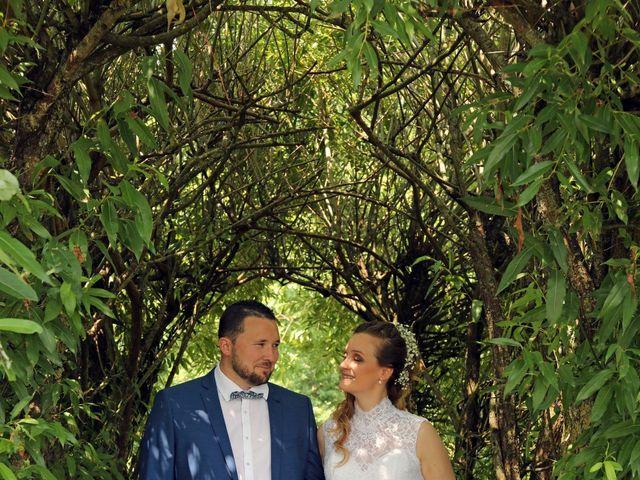 Le mariage de Vivien et Séverine à Ville-sur-Lumes, Ardennes 10
