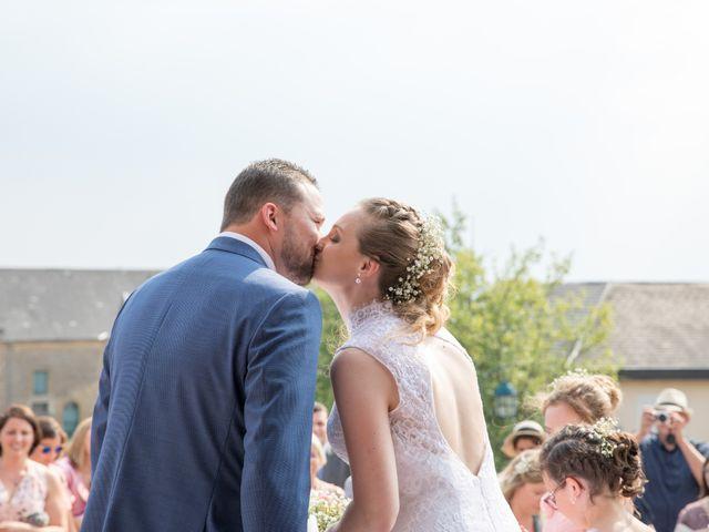 Le mariage de Vivien et Séverine à Ville-sur-Lumes, Ardennes 30