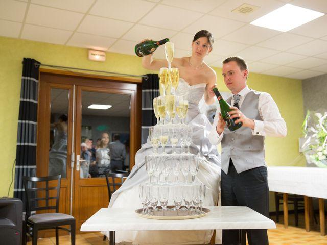 Le mariage de Pierre et Lydia à Buysscheure, Nord 7