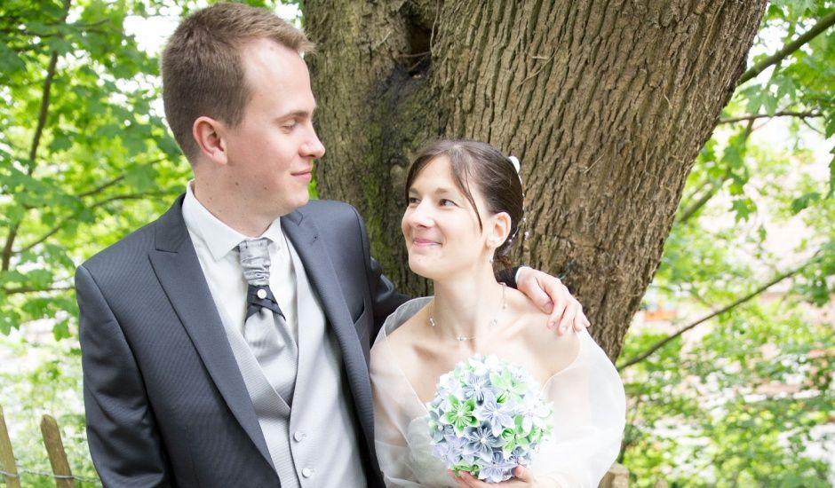 Le mariage de Pierre et Lydia à Buysscheure, Nord