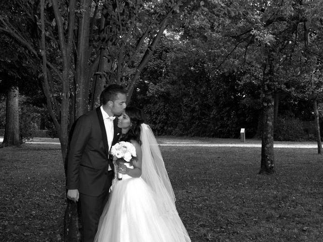 Le mariage de Gloria et Tristan  à Eybens, Isère 16
