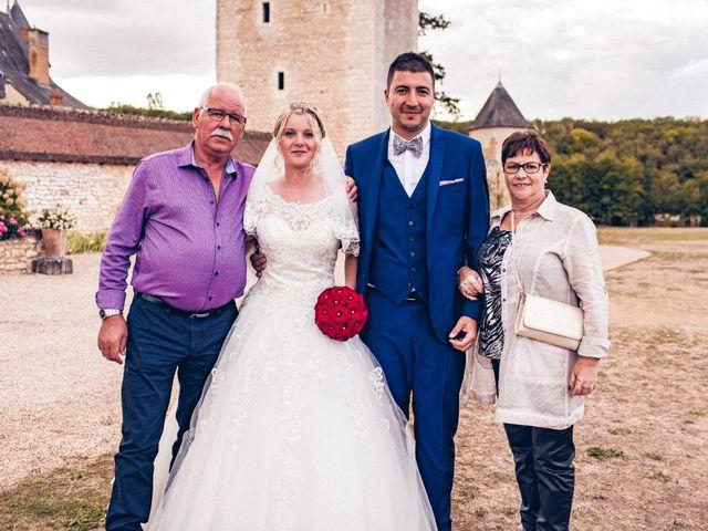 Le mariage de Huseyin et Alice à Saint-Maur, Indre 219
